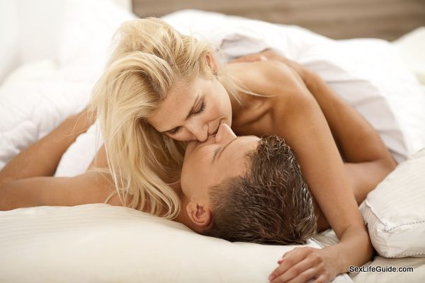 Thoughts that should not cross your mind during sex   Sex Health Guide by Dr Prem   http://drprem.com/sex-health/thoughts-that-should-not-cross-your-mind-during-sex   #SexRelationship, #SexHealthGuideLatest #AnotherWoman, #BigMisbehaviors, #CrossYourMind, #DuringSex, #Featured, #Porn, #RightNoises, #ScaryExperience, #SeeMyPrivates, #Top