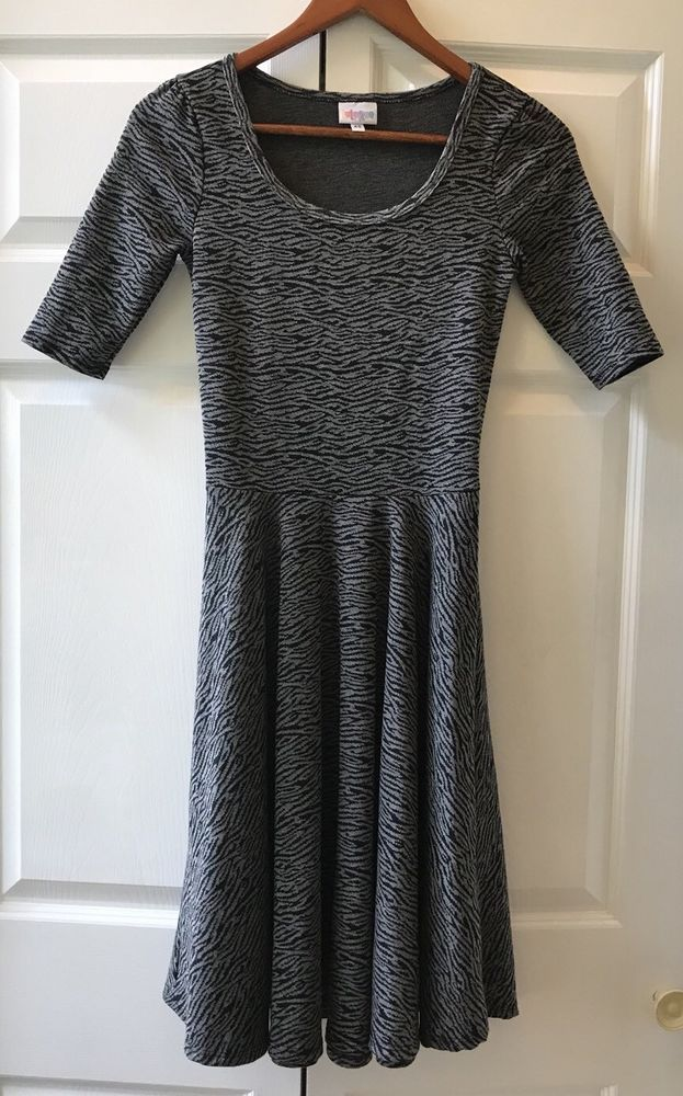 bbe71f928a83 LuLaRoe Nicole Dress Black Gray Animal Print Jacquard Weave Full Skirt Sz  XS USA | eBay