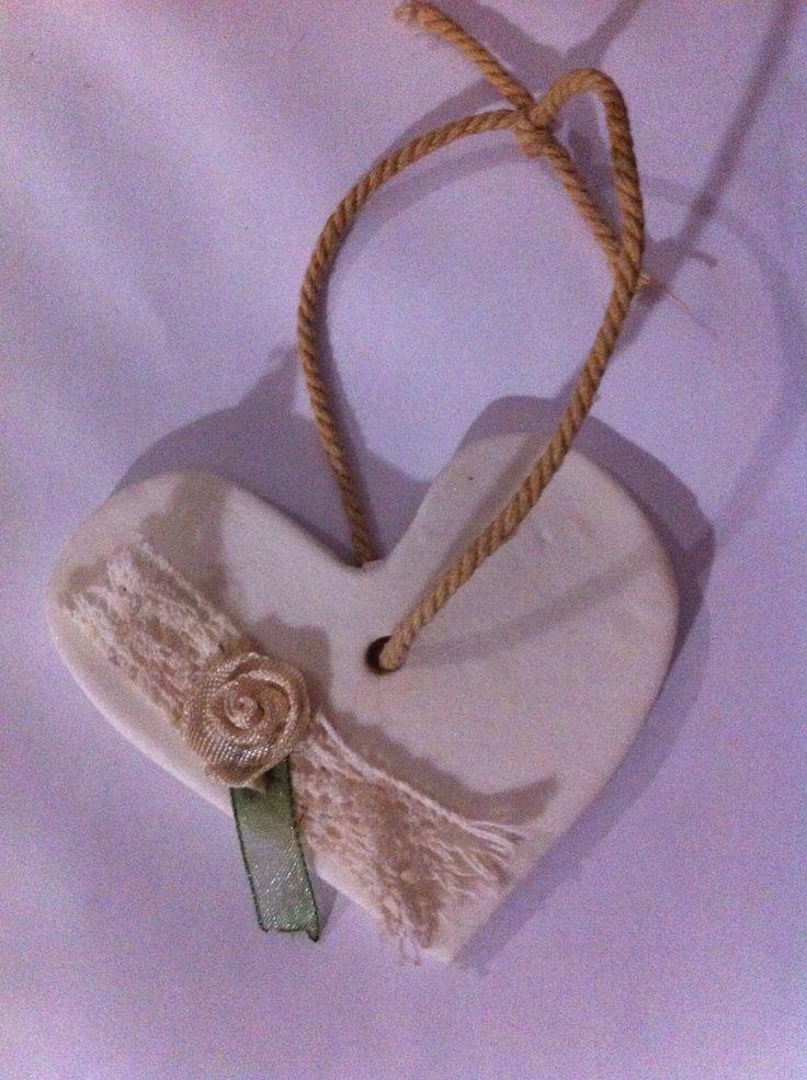 Vintage heart crafts | ideal for wedding favors #vintage #wedding #favors