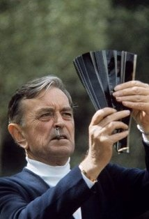 David Lean 1908-1991. Great movie maker. Could handle epic scale with real artistic integrity.