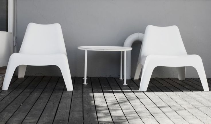 ikea - I saw these chairs some years ago at IKEA (and I liked them), and I was so  surprisesed to find them also at the beautiful stylish beach of Sestri Levante at the Baia del Silencio. It was amazing. So I went to IKEA and wanted to get them for my terrace -  but they were sold out. And they were not available for a couple of years to follow... a design classic, absolutely underestimated. And I am so happy that they are available again....