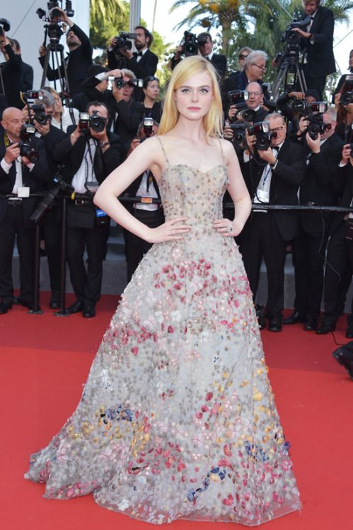 Elle Fanning at Cannes Film Festival 2017 : Elle consistently presented us amazing looks at Cannes and well, this Dior embroidered gown is another one which was added to that list. She looked perfectly elegant and graceful!