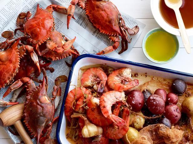 crush goddes kelly lobster crab