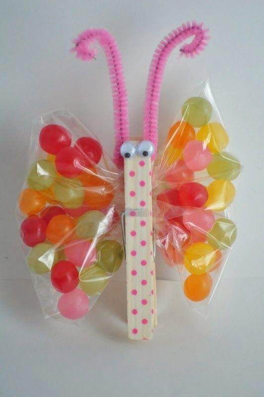 The Princess Birthday Blog: Princess Party Crafts: Butterfly Crafts #princesscrafts #butterflycraft
