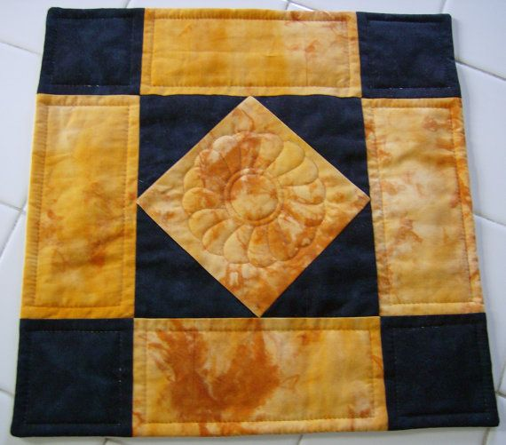 8 best quilting - amish diamond images on Pinterest | Amish quilts ... : amish diamond quilt pattern - Adamdwight.com