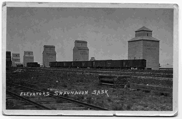 Shaunavon Elevators - Vintage Saskatchewan - Photos - SaskPhotos.ca