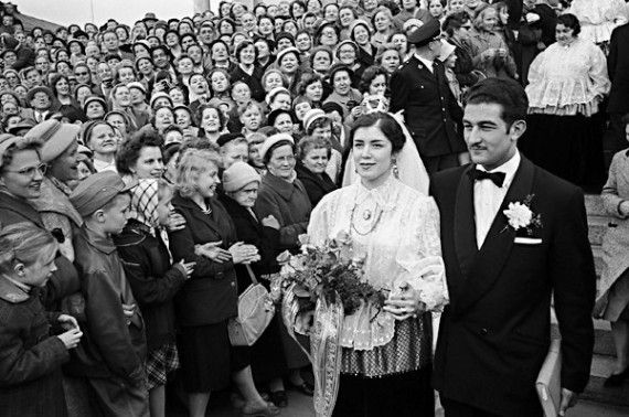 The wedding of the Gipsy King's son (very rich) Kalle Hagert to a Finnish girl (she is a full Finn model), was a big event in the 1959.Allan Hagert (1939 - 1999) was a Finnish businessman, a member of the important family of the Roma.He was married with a Finnish woman Tuula Saarto. Allan Hagert was  a chairman of the Finnish Roma Association.