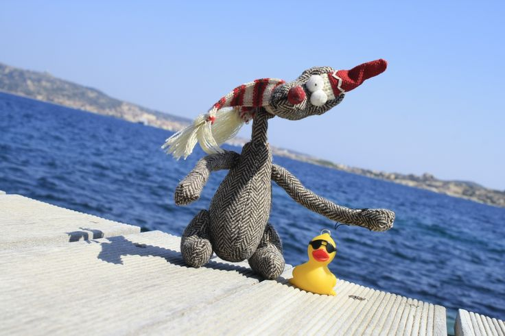 Kan Lii and the travel buddy Duck in Sardegna!