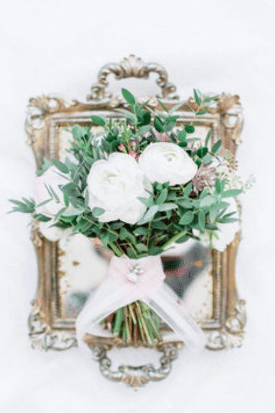 How To DIY your Wedding Flowers! How to make a corsage. How to make a bouquet. Cloche centerpieces. DIY Shop and more. #diywedding #weddingflowers #bouquetideas #anastasiastevenson