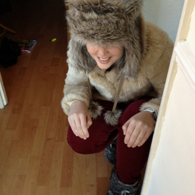 Genuine snow leopard spotted in Brixton: Foxy Creature, Snow Leopard, Genuine Snow