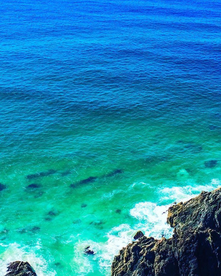 Byron Bay 😍  #Byron #byronbay #beach #capebyron #lighthouse #byronbaylighthouse #capebyronlighthouse #sunshine #oceanroad #summer #waves #freshstart #sea #travelblog #newsouthwales #travel #saltwater #luxurious #holiday #roadtrip #roadtripping #lifestyle #thefashionadvocate #gypsy #fashionblogger #lifestyleblogger