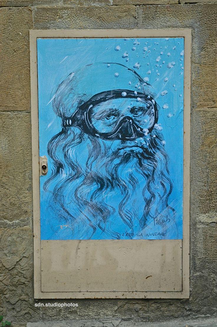 """Blub, """"L'arte sa nuotare"""". L'autoritratto di Leonardo da Vinci in versione subacquea, Piazza Santa Felicita, Firenze (Toscana, Italy) - by Silvana, aprile 2014"""