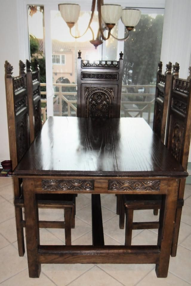 love the chairs Victorian Style Dining Sets