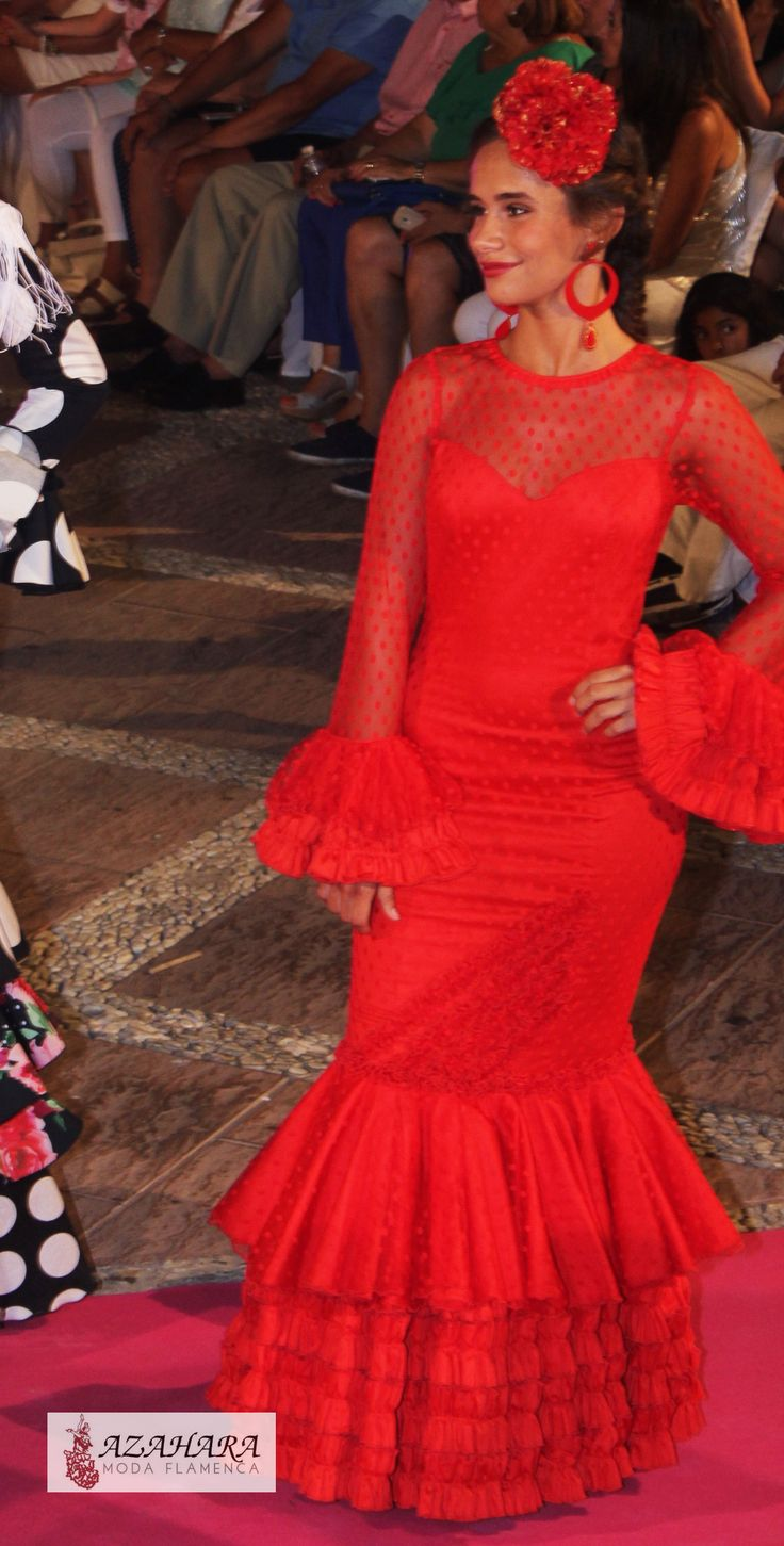 #trajesdeflamenca #trajesdeflamencarojos #azahara #modaflamenca #azaharamodaflamenca #fuengirola #nocheviva2016 #desfile #modelos #rojo #flamencodress