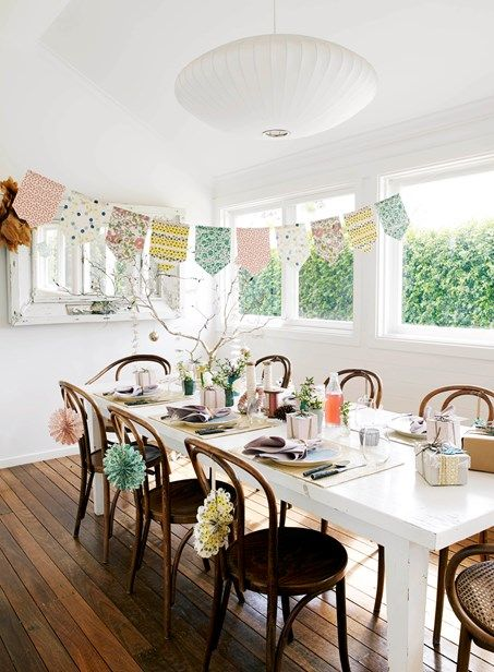 Christmas at home with Shannon Fricke - Homes, Bathroom, Kitchen & Outdoor   Home Beautiful Magazine Australia