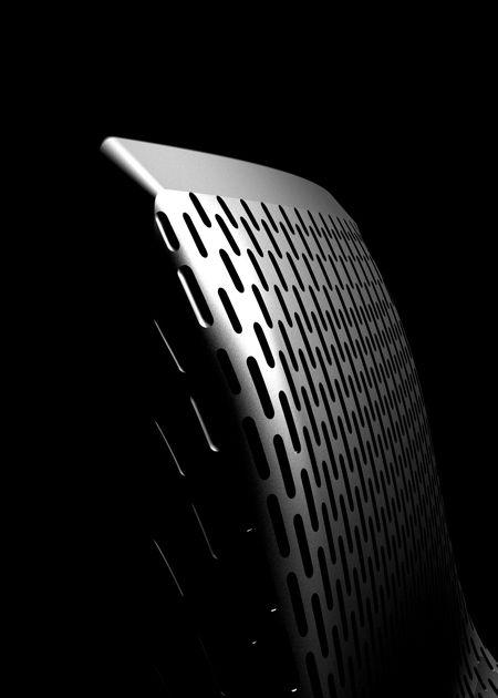 Myto Stuhl von Konstantin Grcic für Plank. Regenwasser auf der Stuhlfläche? Nicht mit Konstantin Grcic! Er entwickelt mit BASF einen robusten und wetterfesten Kunststoff, der die waghalsige Konstruktion »Freischwinger« zulässt. Gekonnt für Terrasse, Balkon, Küche oder Esszimmer, selbst als Konferenzstuhl: http://www.ikarus.de/DE_de/p/tisch-stuhl/kunststoffstuehle/myto-stuhl.A040954.001.jsf