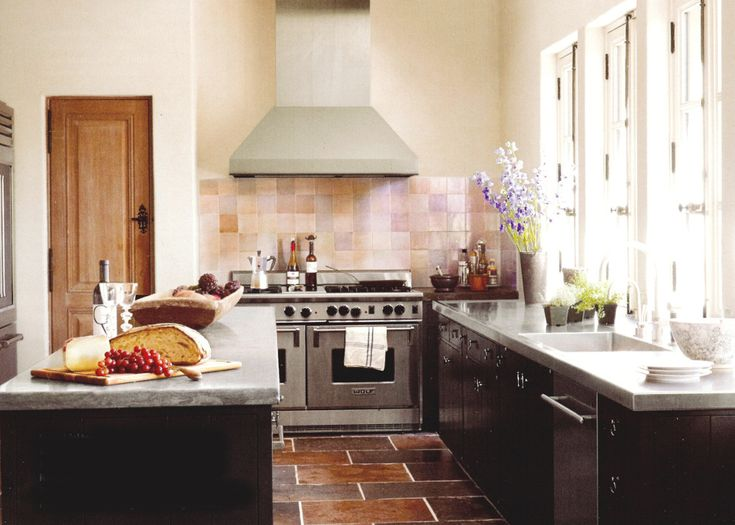 15 Design Ideas For Kitchens Without Upper Cabinets: Best 25+ Base Cabinet Storage Ideas On Pinterest