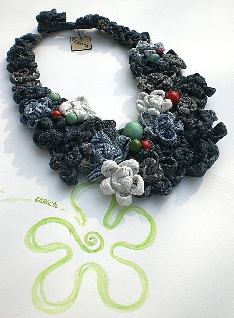 Jeans necklace Caracol