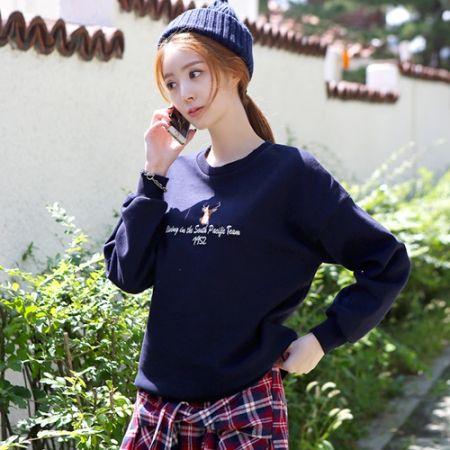 Womens Clothing Store [VANILLAMINT] Deer man-to-man T-shirts / Size : FREE / Price : 22.42 USD #korea #fashion #style #fashionshop #apperal #koreashop #ootd #vanillamint #top #tshirts #T #TEE #MTM #dailyfashion