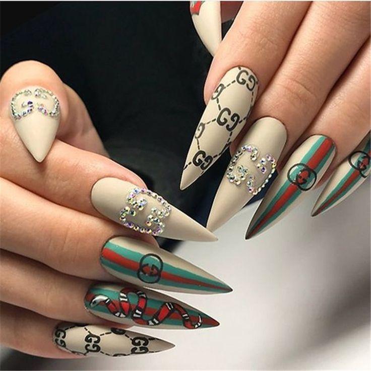 55 Coole und trendige Stiletto-Nageldesigns für den Sommer – Seite 41 von 55 – Nail Art Design