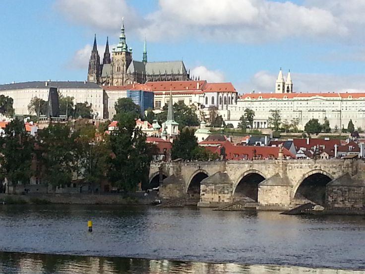 Pražský hrad a Karlův most (EM)