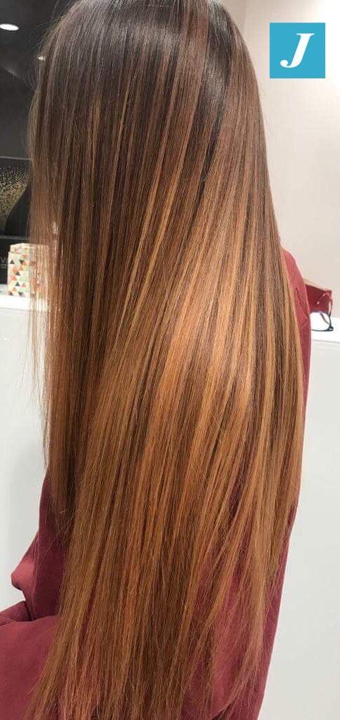 I capelli lunghi e sani non sono più un sogno. Scegli il Degradé Joelle! #cdj #degradejoelle #tagliopuntearia #degradé #igers #musthave #hair #hairstyle #haircolour #longhair #ootd #hairfashion #madeinitaly #wellastudionyc