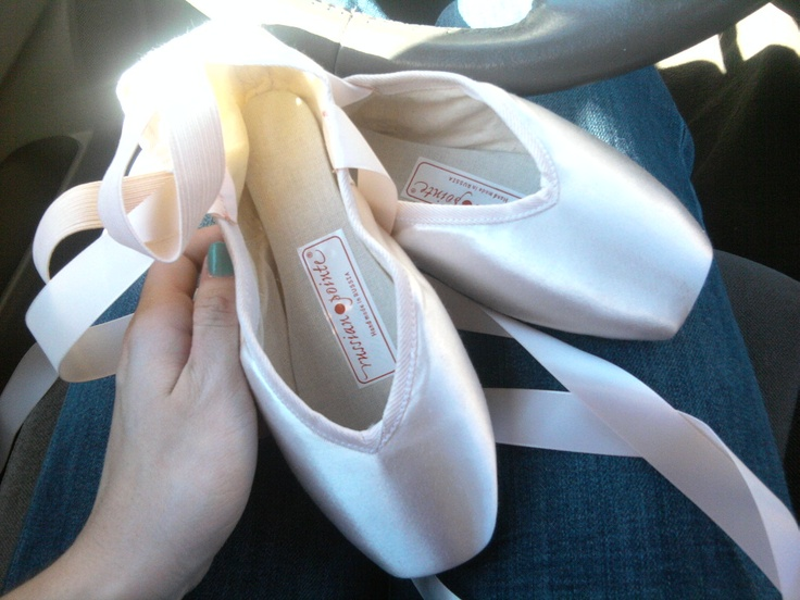 Best Brand Of Pointe Shoes For Narrow Feet