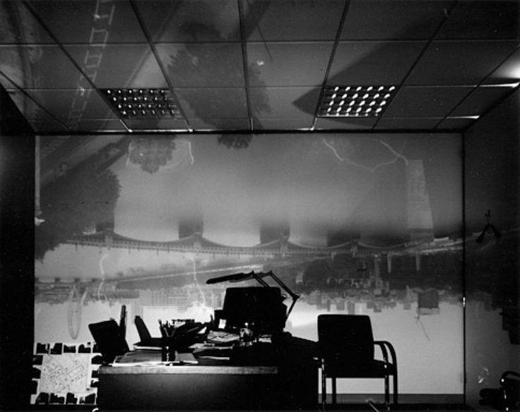 Laboratorio (http://bluefishpix.com/camera-obscura-foto-di-abelardo-morell) — con Abelardo Morell presso Camere Oscure. Le camere del cuore.