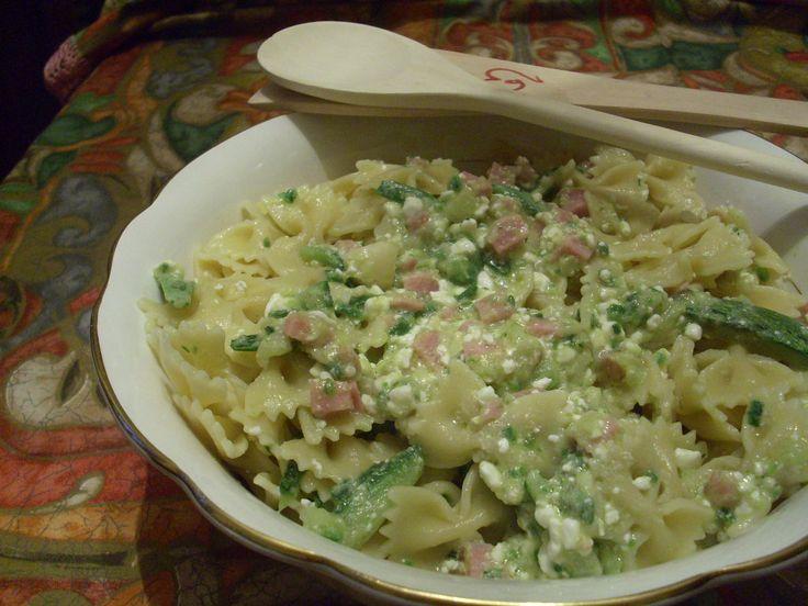 pasta fredda zucchine e rosciutto