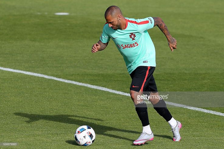 Portugals forward Ricardo Quaresma Portugal's National Team Training session in preparation for the Euro 2016 at FPF Cidade do Futebol…