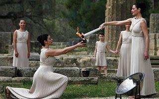 SuperGreekVibes: Ολυμπιακή φλόγα και τελετή αφής της στην Αρχαία Ολ...