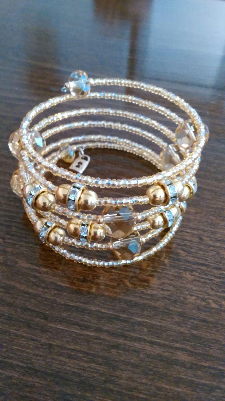 Memory wire bracelet gold