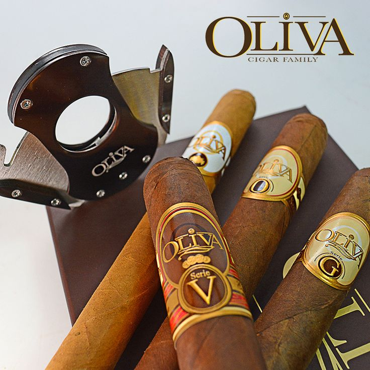 The Oliva Cigar Co. sampler w/ cutter is a superb collection of excellent cigars.