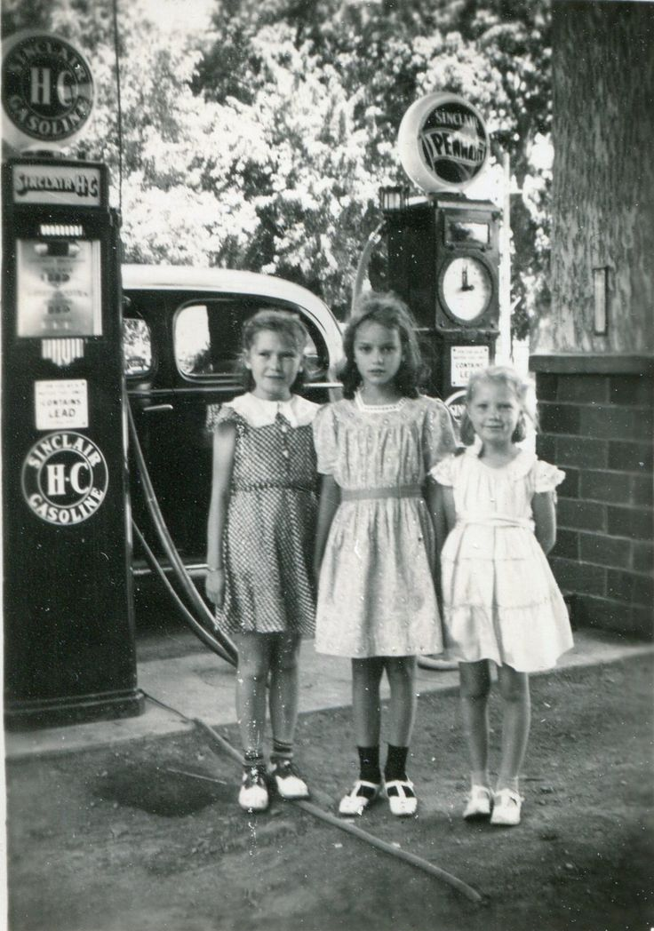 My granddad and his brother had Sinclair stations in Sheldon, IA.  This photo is undated and the girls are unidentified but the back of the photo is stamped Lohr Studio, Sheldon, IA.