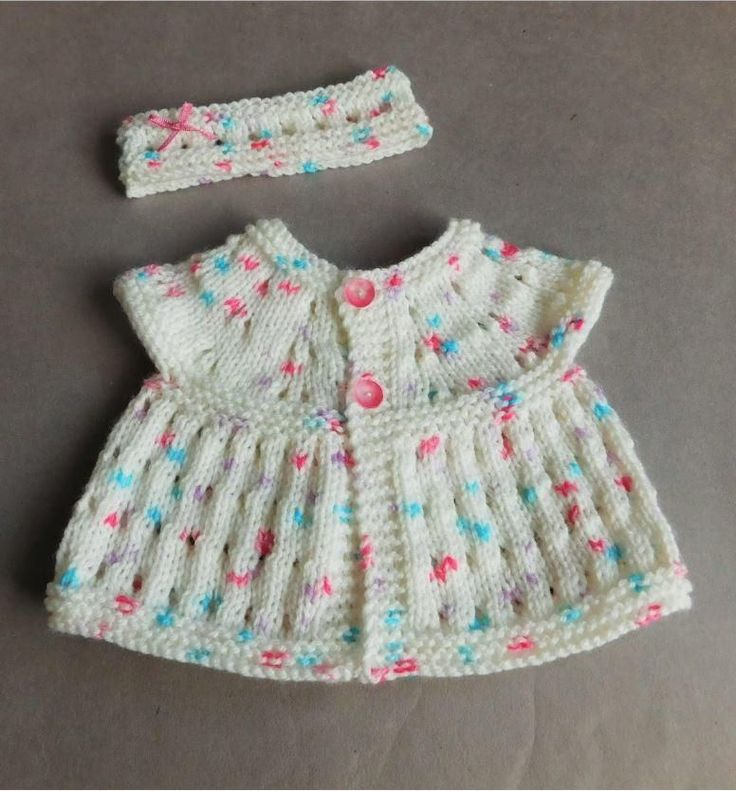 Two Teensy Baby Sets | The sweetest knit baby set you ever did see. Perfect for transitional weather!