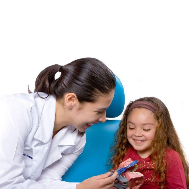 A los niños no les gusta ir al odontólogo... prepárate con estos tips para convencerlos de ir