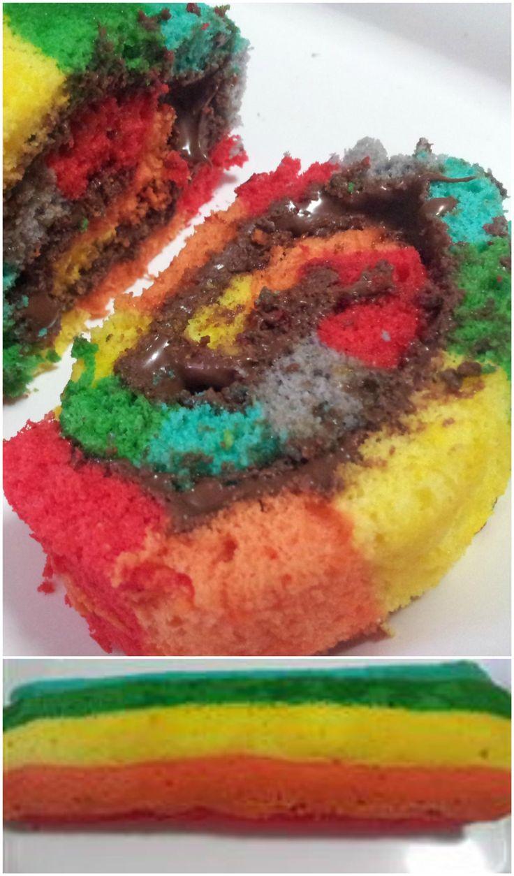 Rotolo arcobaleno alla nutella , facile e golosissimo ! #rotolo #rotoloarcobaleno #raimbow #rotoloallanutella #ricettegustose
