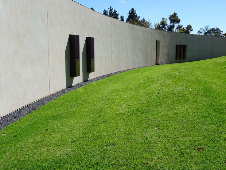 Aldgate residence - simple & understated landscape