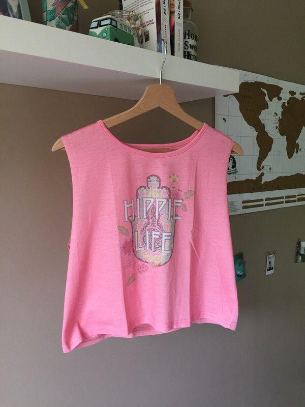 T-shirt sans manche rose | Primark de marque Primark. Taille 38 / 10 / M à 5.00 € : http://www.vinted.fr/mode-femmes/tee-shirts/59393011-t-shirt-sans-manche-rose-primark.