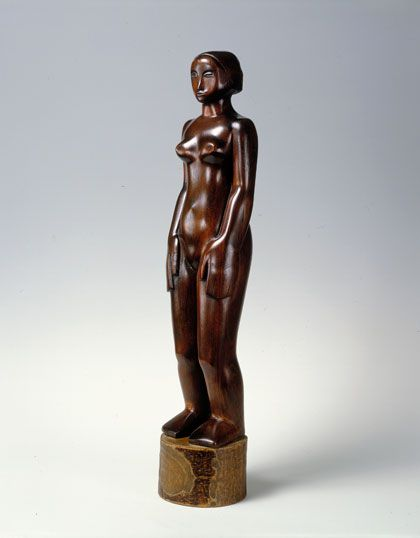 Standing Figure Sculpture Barbara Hepworth Sculptor , Artist Study for CAPI ::: Create Art Portfolio Ideas @ milliande.com, Art School Portfolio Work