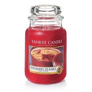 Direkt från ugnen, en oemotståndlig varm doft av syrlig rabarber, rörsocker och vanilj.