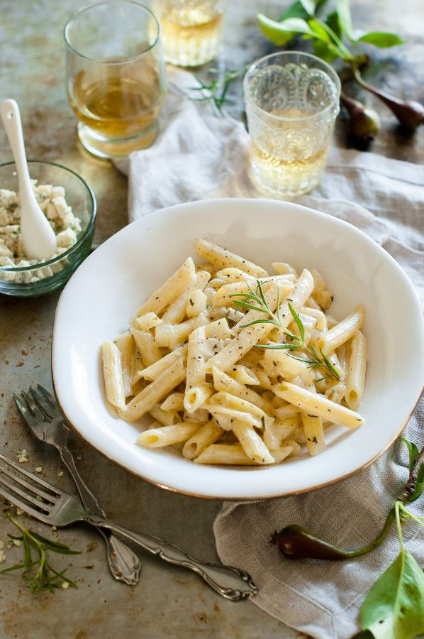 Penne alla Pera {Penne in a gorgonzola pear cream sauce} - The Kitchen McCabe