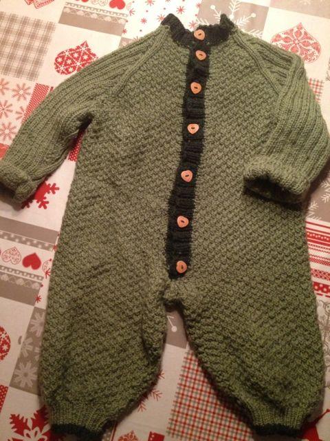 Hjemmelaget - hage, sy, strikk og mat: Strikk selv heldress i ull til baby