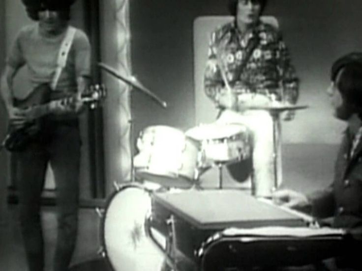 The Lovin' Spoonful - Summer In The City (1966) OH, MEMORIES! I WAS 16 YRS. OLD, A DIFFERENT WORLD THEN, SO TRUE!