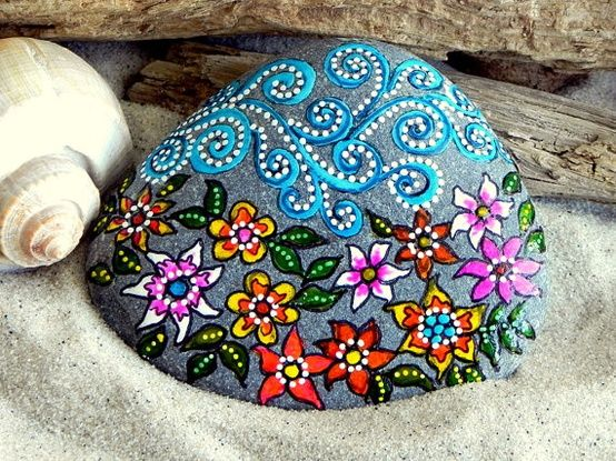 painted stone, puntillismo, dot art, point to point