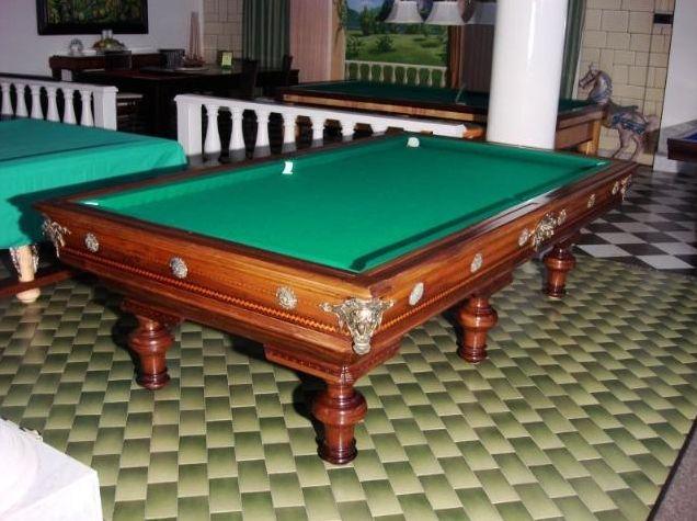 """Appassionati di """"oggetti del passato""""? Vi innamorerete di questo tavolo... http://www.biliardietrusco.com/prodotti/800-de-agostini/"""