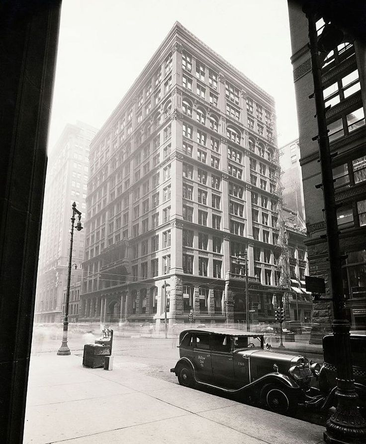 Home Insurance Building, Chicago 1885. First skyscraper in