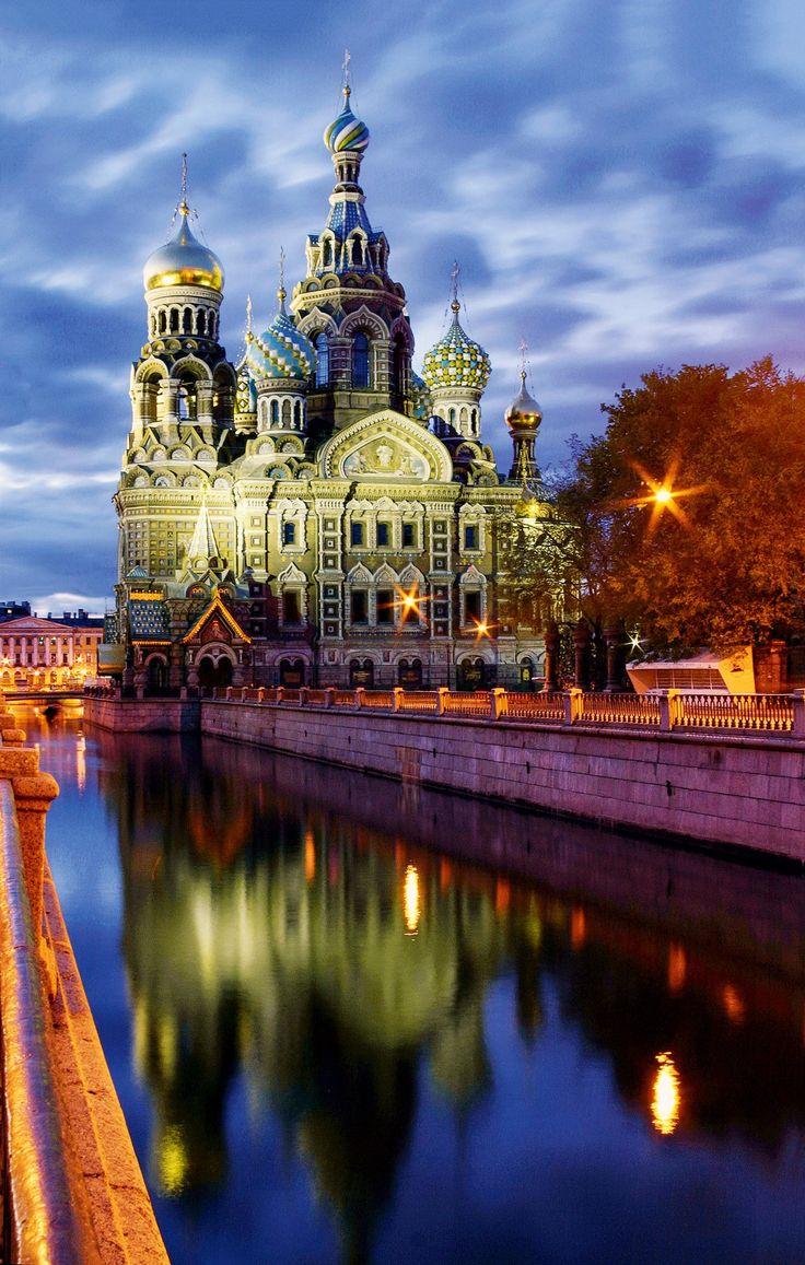 #DestinoGourmet, esta impresionante fotografía es del Río Moika en San Petersburgo, Rusia.