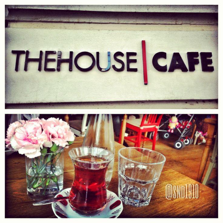 The House Café in İstanbul Se avete il coraggio, provate il #caffeturco. A me una volta è bastata! (Però il locale merita)