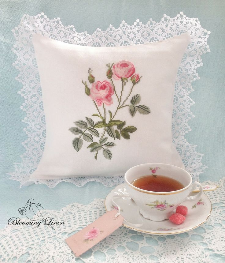 Blooming Linen: Rose-Lace-Time 3